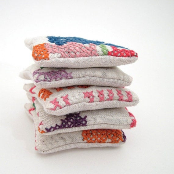 Dried Lavender Sachets - Cross-stitch Embroidered Linens - Set of 5