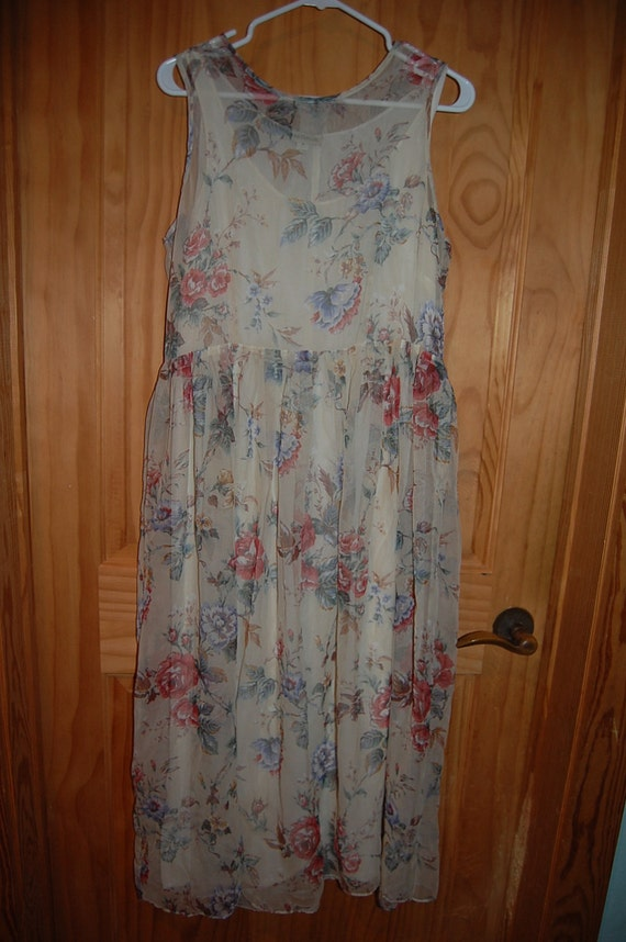 Vintage 80s Romantic Layered Ethereal Ann Taylor Floral Print