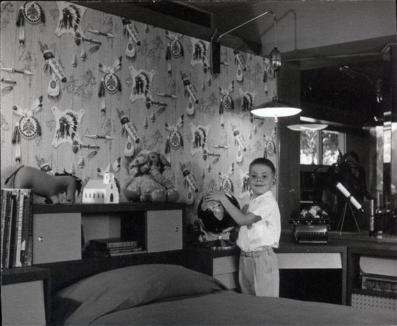 Watch more like 1950s Girls Bedroom – 1950s Bedroom