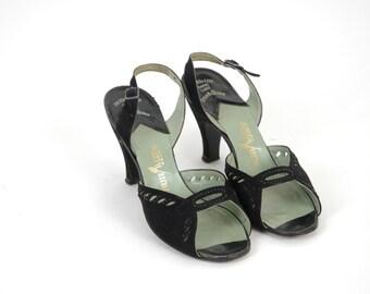 1940s Shoes --- Vintage Palter DeLiso Slingback Pumps