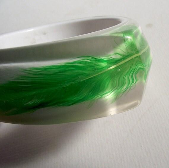 Vintage Lucite Feather Bracelet - Triangle - Green - Bangle - Mad Men - RESERVED