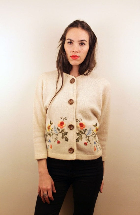 1950s Angora Floral Cardigan with Wood Buttons Size S-M