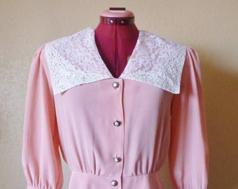 vintage sailor style laced collar