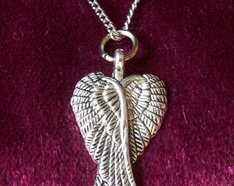 Crossed angel wings necklace and earrings set