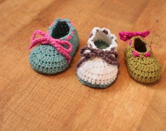Crochet Bootie Pattern - Bodie Baby Booties (Sizes Newborn to 18 mo.)