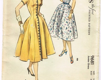 Original 1950's Full Skirt Dress with Full Length Front Buttons Pattern Size 11 McCall's 9681