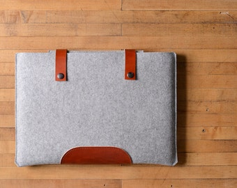 MacBook Pro Sleeve - Grey Felt and Brown Leather Patch, Straps