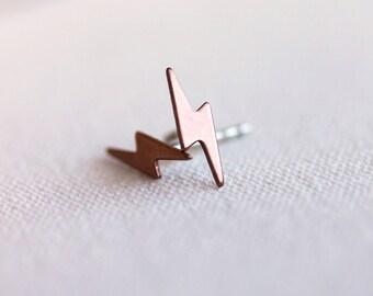 Delicate Lightning Bolt EarringsStud Earrings - Sterling Silver Post Earrings, Unisex Earrings, Everyday Wear,Handmade by Maki Y design