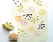 botanical pattern stamp set. flower hand carved rubber stamp. wedding birthday scrapbooking. gift wrapping. spring card making. set of 2