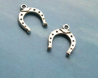 10 horseshoe charms, shiny silver tone, 16mm