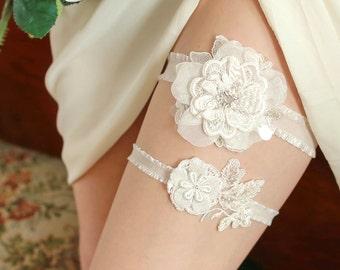 Ivory lace wedding garter set, bridal garter belt, wedding gift - style #482