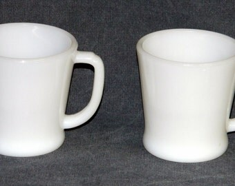 Vintage Coffee Cups 2 Mugs Fire-King Milk Glass White Ivory Oven Ware Anchor Hocking Kitchenware Kitchen CrabbyCats Crabby Cats