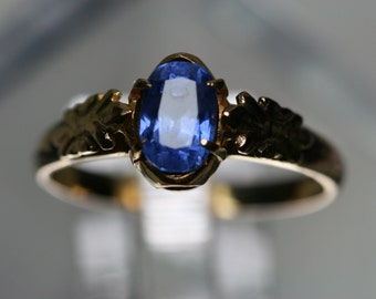 14k Yellow Gold and Blue Sapphire Ring- Vintage