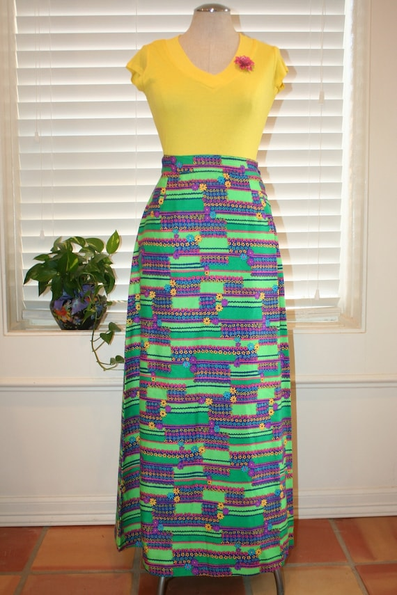 1970s vintage maxi skirt lime green colored floral by