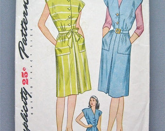 Vintage 1940s Pattern by Simplicity 1369 Sewing Dress Pattern 40s   Bust 34 inches