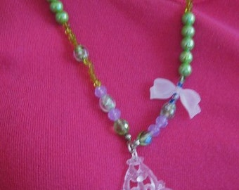 Alice in Wonderland Pastel Pearls Cherubs and Bow Necklace