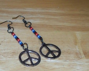 Silver Tone Hammered Peace Sign Charm Beaded Dangle Earrings