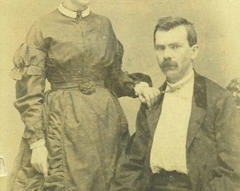 Louisville KY Southern Husband And Wife Man Woman CDV Antique Studio Portrait Photo Photograph Card Vintage Black And White