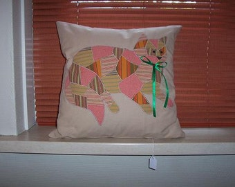 Pillow with patchwork. Cat design