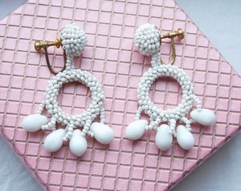 Vintage 1950s White Glass Beaded Earrings // New Old Stock Screw Back Earrings