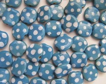 Kazuri  beads blue and white pebbles pattern - 12