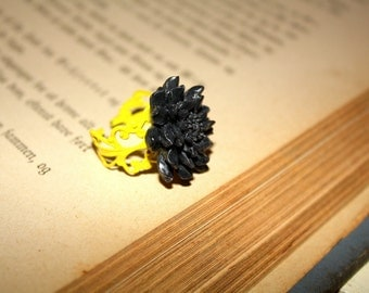 Smoky black and yellow adjustable flower ring, filigree ring