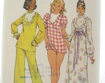 1970s Simplicity 6047 Womens Nightgown Lingerie Panties Vintage Sewing Pattern