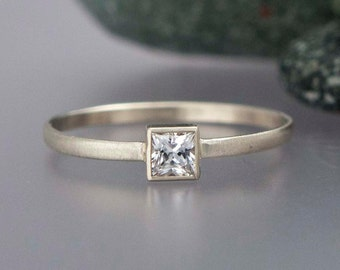 Princess Diamond Engagement Ring in solid 14k white or yellow gold