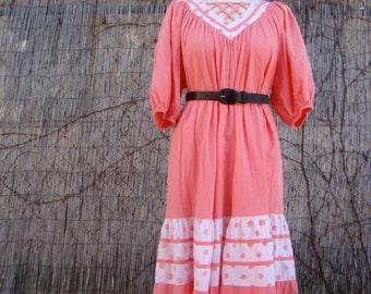 Vintage 70s / Hawaiian / Peach and White / Polka Dot / Day Dress / X LARGE