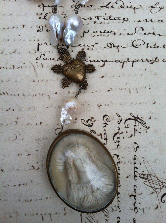 SOLD - SACRED HEART of Mary - Fantastic French Meerschaum Necklace