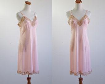 Vintage Pucci Slip, 60s Lingere, 1960s slip, Pink Lingere, Lace Slip, Formfit Rogers, Lace Lingere, Pucci Lingere, Bust 36 Small Medium