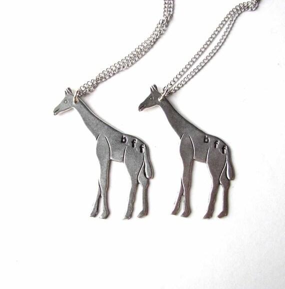 giraffe bff necklace set - best friends jewelry - As seen on Buzzfeed