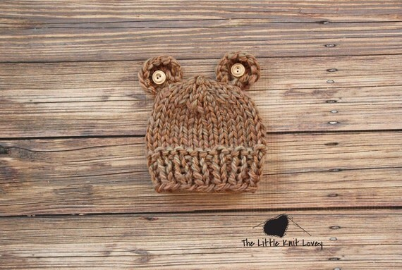 Little Bear Knit Hat with Buttons for Baby in Brown, Beautiful Photography Prop and Ready to Ship