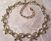 Bow Link Necklace Gold Tone Vintage Sarah Coventry 1956 Adjustable Link Chain Choker