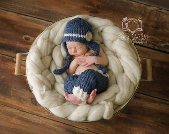 Download PDF knitting pattern k-33 - Newborn button earflap hat and pants