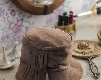 Vintage Suede Ultra Suede Cloche Hat w/ Fringe Model by Maxim Brown Mocha brim