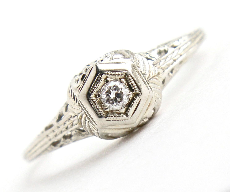Antique 20K White Gold Diamond Ring Art Deco 1920s Solitaire