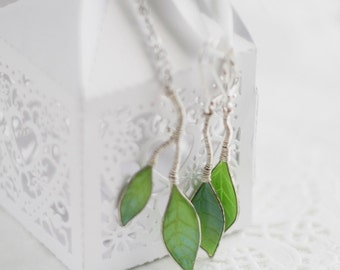 Jewelry Set -Dangle earrings-Pendant Necklace - Spring green leaves