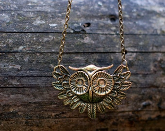 Big owl necklace rustic woodland forest owl jewelry. Big owl charm pendant necklace. Antiqued bronze.