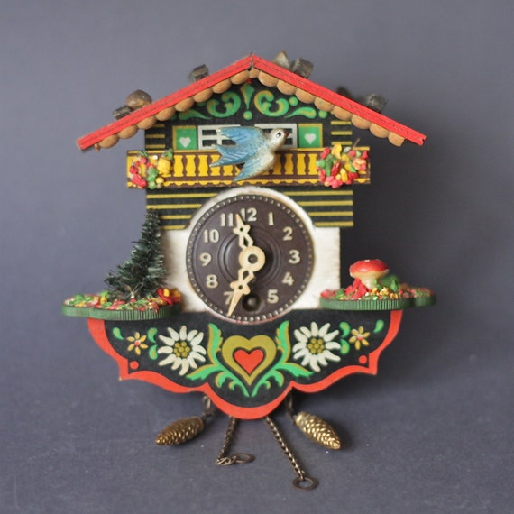 Vintage german cuckoo clock with tiny toadstool and edelweiss - Colorful cuckoo clock ...