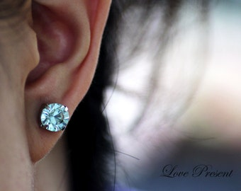 Grand Swarovski Crystal Stud Typical Pierced Earrings - Bridesmaid Gift. Simple Modern Jewelry - Color Light Azore