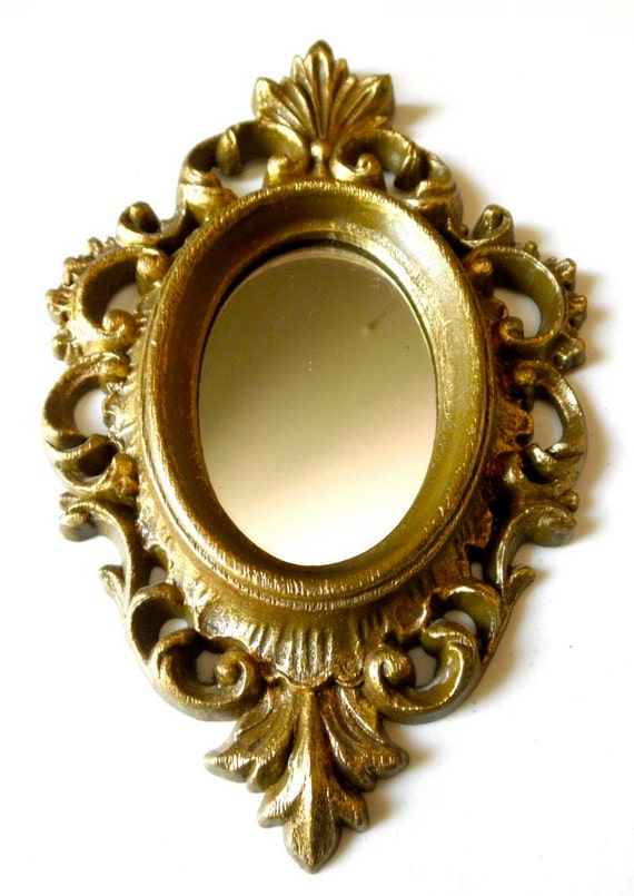 Small vintage gold baroque framed mirror made in usa for Small gold framed mirrors
