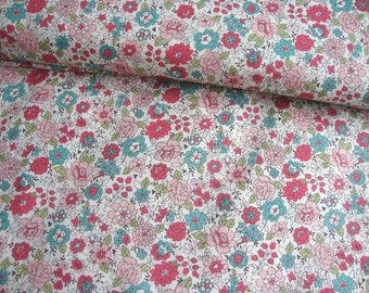 Japanese Cotton Fabric Yuwa - Graceful Flowers - a yard