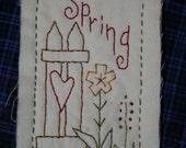 Spring Hang Tag - hand sewn - Primitive - SFOFG