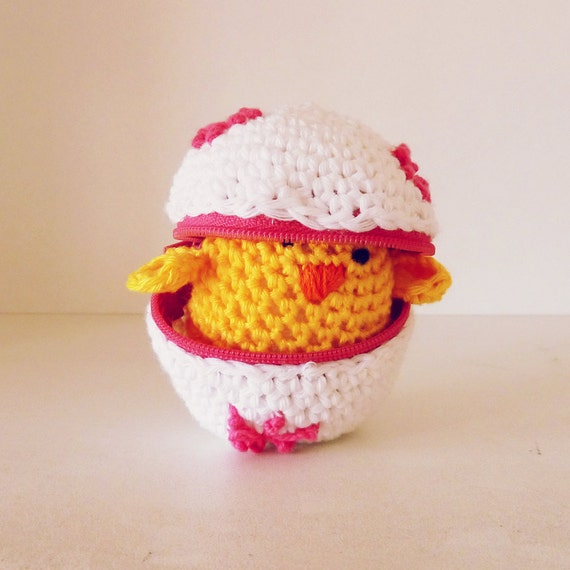 Easter Eggs crochet Pattern and  baby chicks - Amigurumi tutorial PDF ebook - playful egg box TOY kids will love