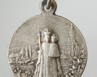 """Antique Virgin Mary Religious Medal Pendant on 18"""" sterling silver rolo chain"""