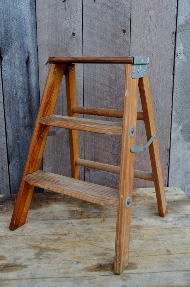 White Wooden Step Ladder Www Imgkid Com The Image Kid