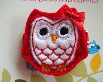 WHITE and RED Valentine, Christmas Felt Owl Hair Clip Clippie Baby Toddlers Girls
