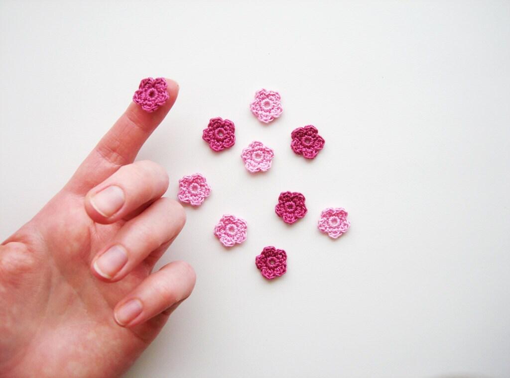 Crochet apliques de flores pequeñas florecillas por CrochetPocket