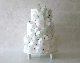 Wedding CAKE TOPPER, Winter Wedding - Classic White Wedding Cake - Edible Butterflies set of 30 - Cake Decorations